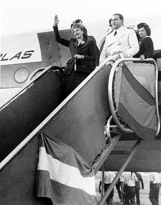 Eva Perón - Perón arrives in Madrid.