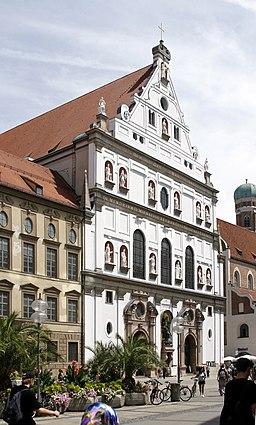Facade Michaelskirche Munich Germany 2017