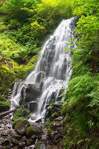 Fairy Falls (Oregon) - Image: Fairy Falls (Oregon)