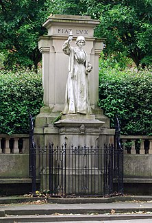 Florence Nightingale Statue, London Road, Derby.jpg