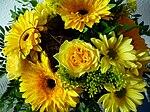 Floristenstrauß mit Rosen und Gerbera.JPG