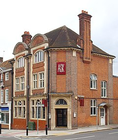 Former Post Office, Northwood, Middlesex.jpg