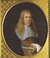 uomo con i capelli lunghi in abiti del diciassettesimo secolo