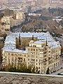 Funikulyorun yanındaki bina (2304x3072) - panoramio.jpg