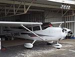 G-JMKE Cessna Skyhawk 172 (26098387761).jpg