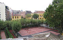 Galatasaray Lisesi'nin bahçesi
