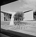 Gebouw van de agrarische faculteit van het Weizmann-Instituut te Rehovot, Bestanddeelnr 255-3947.jpg