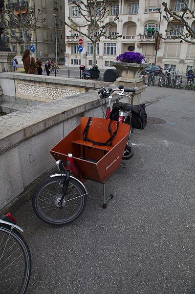 Uitgelezene File:Geneva 09-05-2013 - Bakfiets.nl Electric Cargobike short.jpg JZ-77