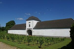 Belgian wine - Wijnkasteel Genoels-Elderen in AOC Haspengouw