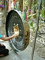 Gong at Wat Kham Chanot.JPG