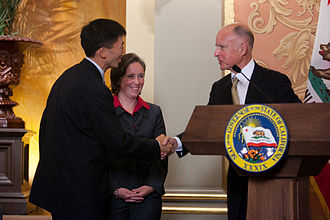 Goodwin Liu - Justice Liu and his wife shaking hands with Governor Jerry Brown after his swearing-in ceremony.