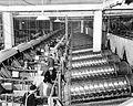 Green beans, Santiam Cannery, Stayton, women workers (6355359769).jpg