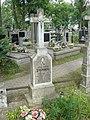 Groby na cmentarzu w Jazgarzewie 3.jpg