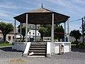 Gussignies (Nord, Fr) kiosque à musique.JPG