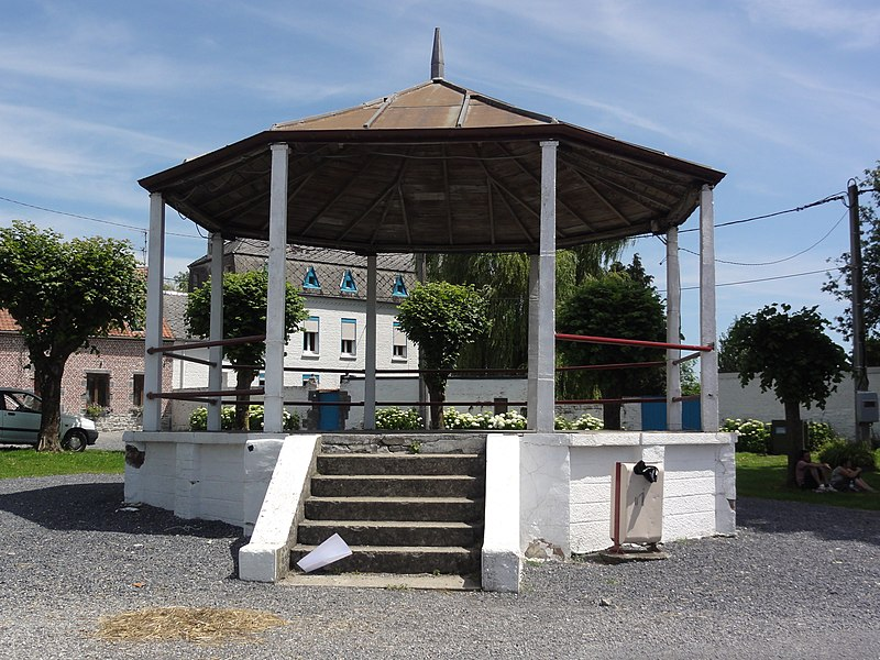 Gussignies (Nord, Fr) kiosque à musique