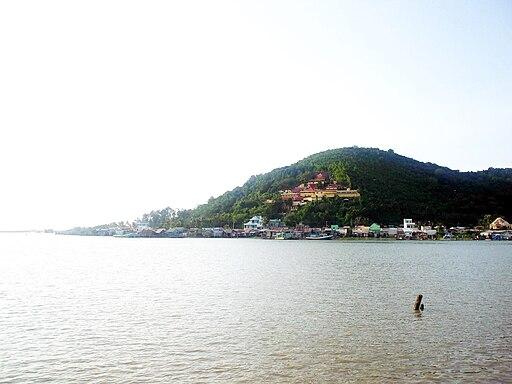 Hồ Đông Hồ