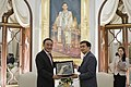 H.E. Mr. Wu Bangguo ประธานสภาประชาชนแห่งชาติจีนและคณะเ - Flickr - Abhisit Vejjajiva (1).jpg