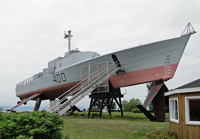 HMCS Bras d%27Or 03.jpg
