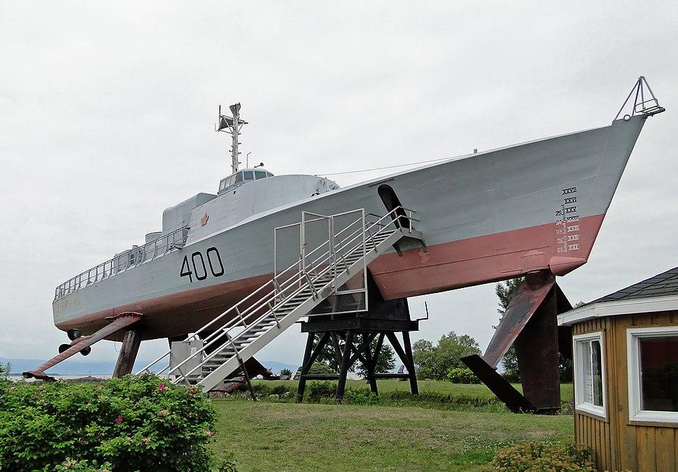 HMCS Bras d%27Or 03