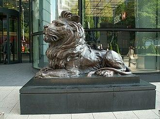 HSBC lions - The London 'Stitt'