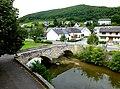 Hahnenbach – Bruchstein-Brücke über den Hahnenbach - panoramio.jpg