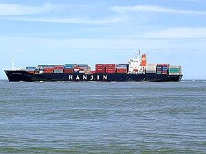 Hanjin Kaohsiung p4, leaving Port of Rotterdam, Holland 08-Jul-2007.jpg