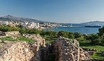 Harbour from Apollo temple Aegina Greece.jpg