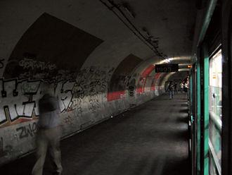 Ghost stations of the Paris Métro - The station Haxo has no exterior entrances.