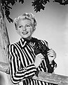 Hayworth-Lady-from-Shanghai-Fashion.jpg
