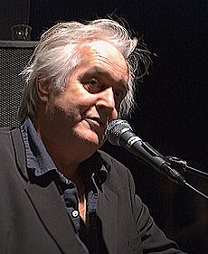 Henning Mankell lecturing at Parkteateret.jpg