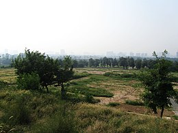 Historic Site of Weiyang Palace 08 2013-09.JPG