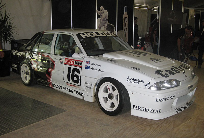 800px-Holden_VL_Commodore_SS_Group_A_SV_of_Percy_%26_Grice.jpg