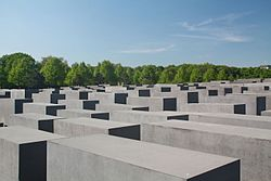 Holocaust Mahnmal.JPG
