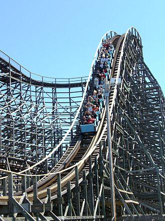 Hurler (roller coaster) - Image: Hurler (Drop)