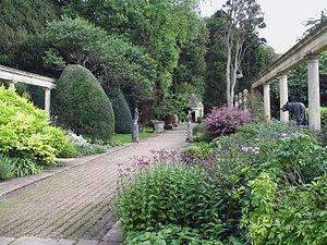 Harold Peto - The Peto Gardens at Iford Manor