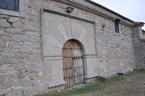 Iglesia de Muñico 3.JPG