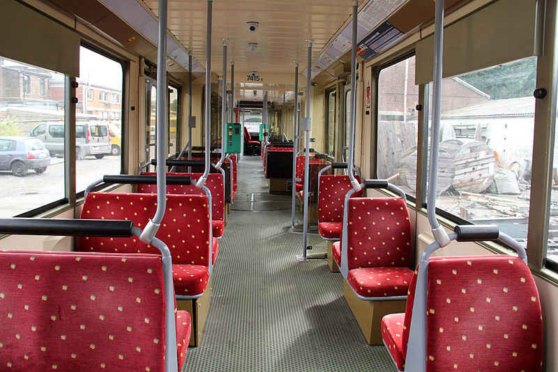 File interieur tec metro leger wikimedia for Metro interieur