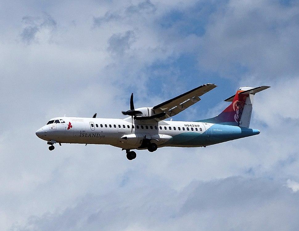 Island Air ATR 72 N942WP