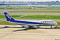 JA8152 B747-SR81 ANA All Nippon HND 10JUL01 (7046346049).jpg