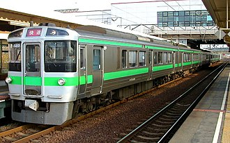 Chitose Line - A 721 series EMU on an Airport rapid service at Minami-Chitose Station