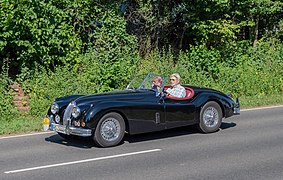 Jaguar XK 140 SE Open Two-Seater 6302561.jpg