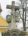 Kříž u kaple v Židovicích (Q38233646) 02.jpg
