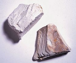 meaning of kaolinite
