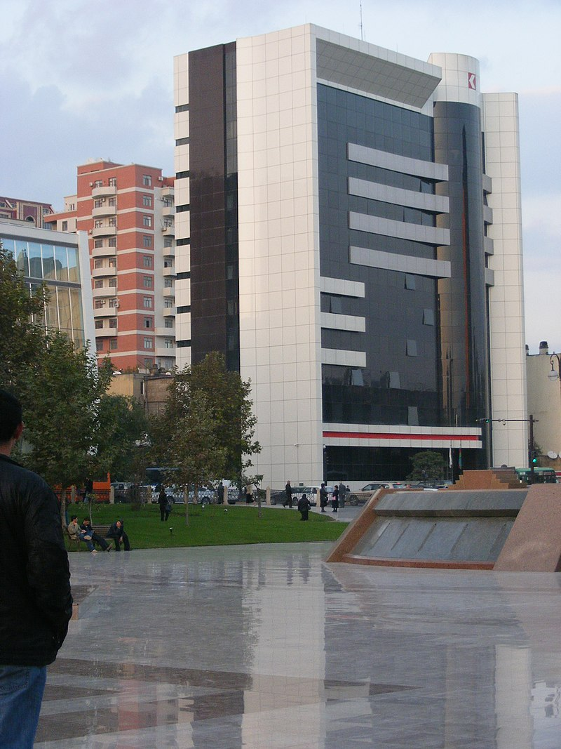 Kapital Bank - panoramio.jpg