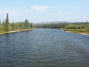 Klondike River - Klondike River crossing Dempster Highway (upstream)