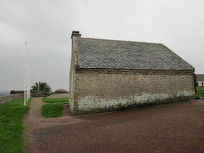 Mairie de La Pernelle, ancien corps de garde du XVIe