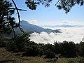 La Rhune au dessus des nuages depuis le col d'Ibardin.jpg