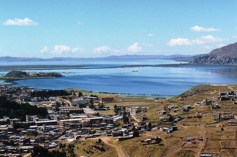 Archivo:Laketiticaca.jpg