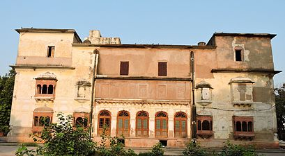 Left side view of Summer palace of Ranjit Singh, the founder Sikh Empire, Amritsar.jpg