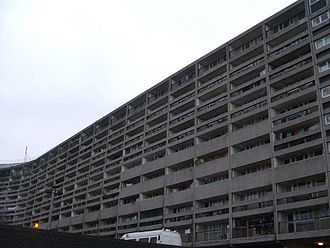 Cables Wynd House - The famous Leith 'Banana Flats'
